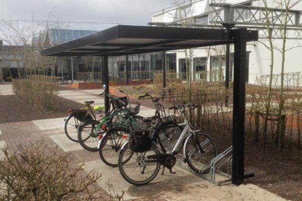 tettoia per bicicletta